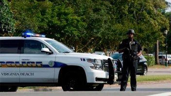 EE.UU.: Al menos 11 muertos en un tiroteo en Virginia