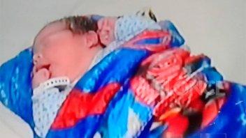 Nació bebé de embarazada trasladada en ambulancia que volcó: es su octavo hijo
