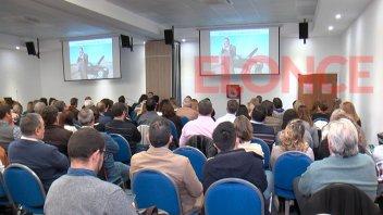Capacitaron a más de 160 productores asesores de seguros en Paraná