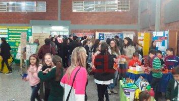 Alumnos mostraron sus trabajos en una Feria de Ciencias