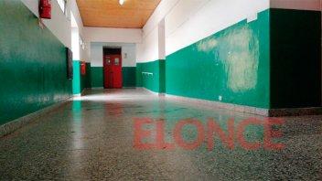 Intensas tareas de limpieza en las escuelas donde se votó