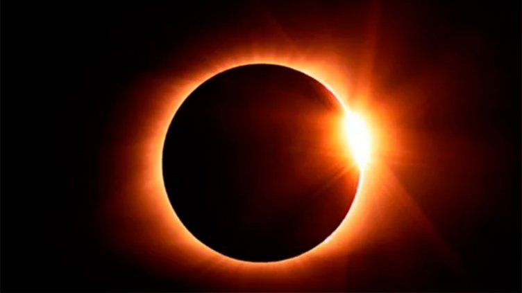 Efectos del eclipse: Cuánto peso perdería una persona
