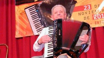 Falleció el maestro acordeonista Osvaldo Chiappesoni a los 77 años