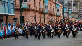 Aniversario de Concepción del Uruguay: Habrá desfile con los Granaderos