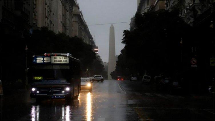 Apagón histórico: El servicio de energía ya fue restituido en el 65% del país
