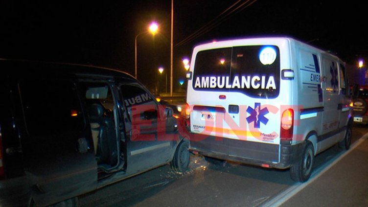 Peatón cruzó la ruta y generó un choque en cadena