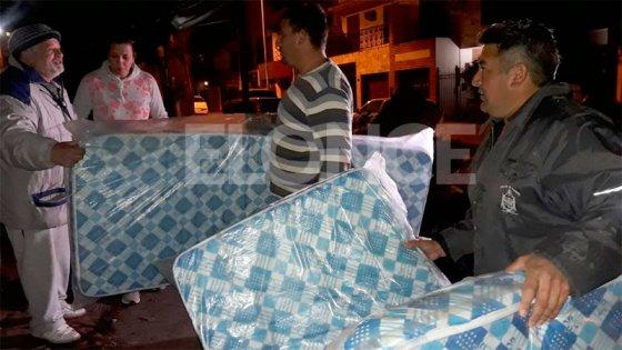Incendio en tapicería: Familia recibió donaciones y agradeció por la solidaridad