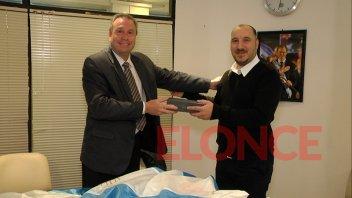 Sidecreer entregó donaciones al Centro Comunitario Nº16 de Anacleto Medina