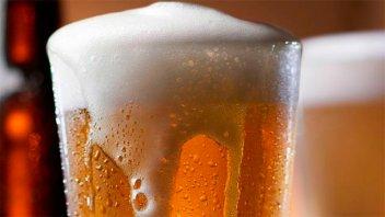 La ANMAT prohibió la comercialización de tres marcas de cerveza