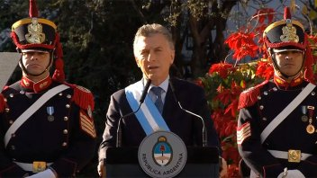 El presidente Macri llamó a trabajar