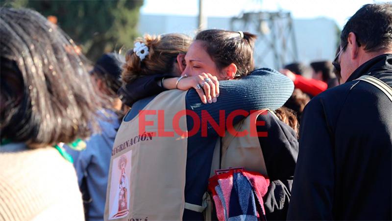 Fotos y videos: Emoción y abrazos en la llegada de los peregrinos a Nogoyá