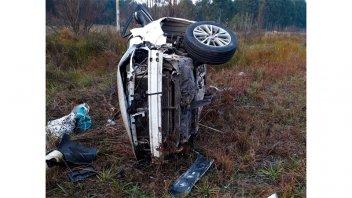 Conductora perdió el control de su auto y volcó sobre la Autovía Artigas