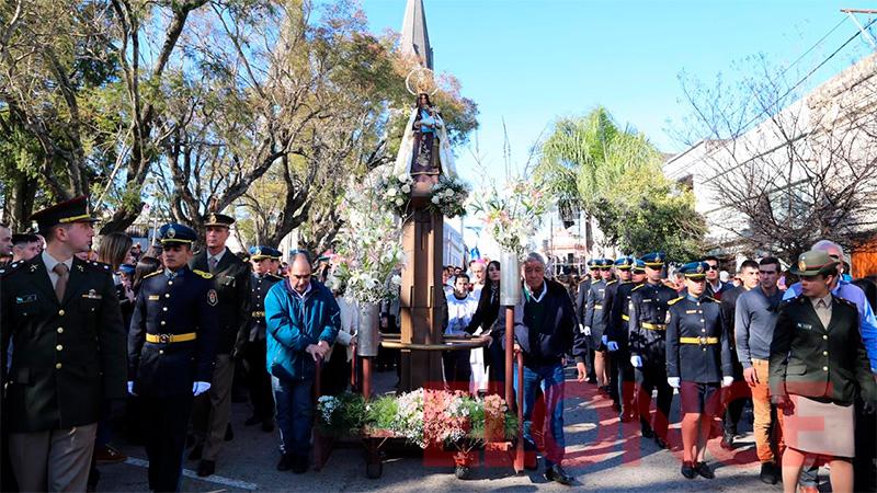 Festejos patronales: La Virgen del Carmen recorre las calles de Nogoyá