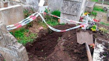 Robaron el cadáver de un bebé en Miramar: Es el tercero en dos años