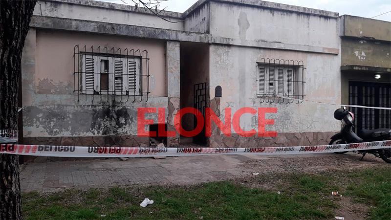 Homicidio en Paraná: Una travesti fue asesinada a puñaladas en su vivienda