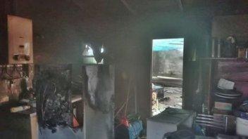 Un incendio tomó parte de una vivienda y produjo una lamentable pérdida