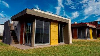 Entregaron las primeras viviendas del proyecto López Jordán al Río: Imágenes