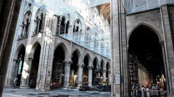 Suspenden reconstrucción de Notre Dame por falta de seguridad para trabajadores