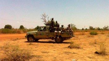 Ataque de grupo terrorista islámico deja al menos 65 muertos en Nigeria