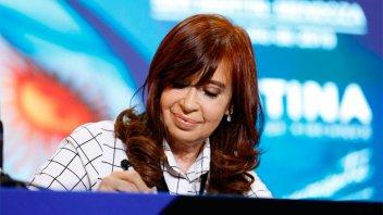 Cristina Kirchner vuelve a viajar a Cuba para visitar a su hija