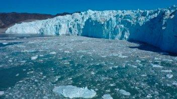 Groenlandia perdió 12.500 millones de toneladas de hielo en un solo día