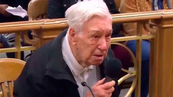 Tiene 96 años y lo multaron por exceso de velocidad: Su conmovedora explicación