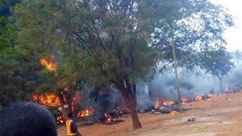 Al menos 60 muertos tras estallar camión cisterna en Tanzania