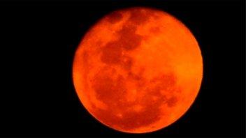 ¿Por qué la luna se vio