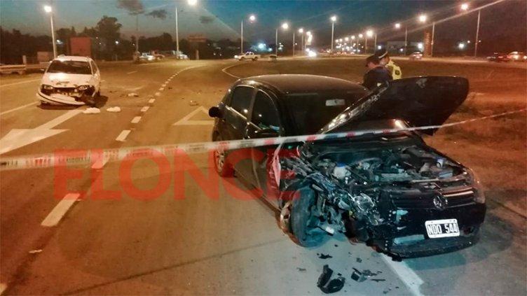 Dos conductores heridos fue el saldo de tremendo impacto en un acceso a Paraná