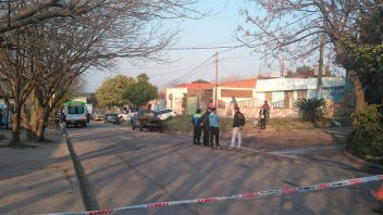Un muerto y dos heridos tras enfrentamiento en Barrio