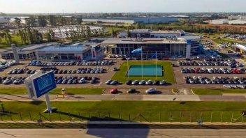 Concesionaria de autos despidió a 70 empleados con más de 20 años en la empresa