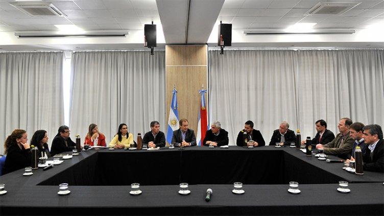 Intendentes vecinalistas preocupados por impacto de medidas nacionales