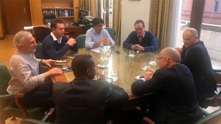 Primer encuentro protocolar entre el FMI y el ministro Lacunza