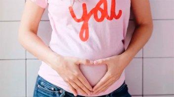 Modelo anunció que espera su primer hijo:
