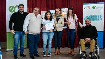 La Provincia entregó aportes en Santa Elena y Hernandarias