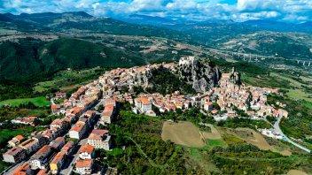 Una región de Italia ofrece 700 euros mensuales a quienes vayan a vivir allá
