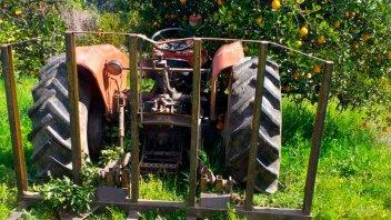 Fue atropellado por su propio tractor y se encuentra grave