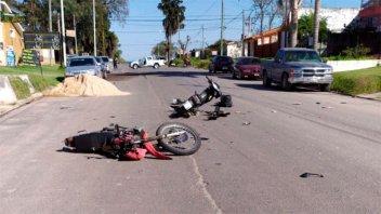 Chocaron dos motos de frente: uno de los conductores sufrió lesiones graves