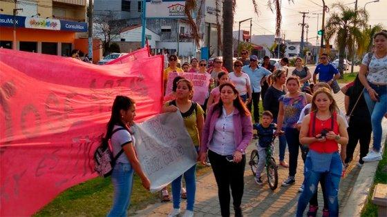 Manifestación en apoyo a la policía de Concordia: