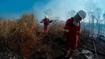 Murieron ahogados tres bomberos voluntarios que combatían incendios en Bolivia
