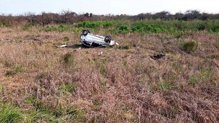 Dos mujeres sufrieron graves lesiones al volcar el auto en que viajaban