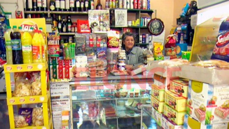 Día del almacenero: historia de Rosita, con más de 20 años atrás del mostrador