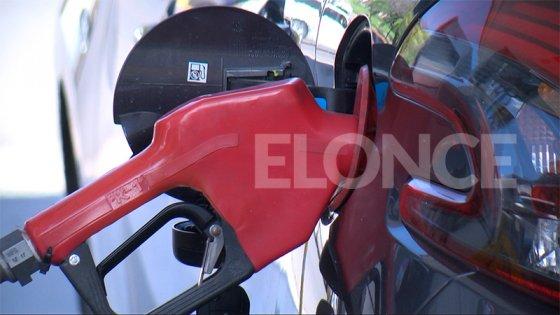 El Gobierno autoriza un aumento del 4% en los combustibles desde este jueves