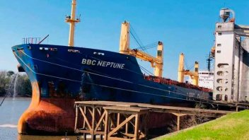 Llegó a Concepción del Uruguay el ultramarino que cargará arroz para exportar