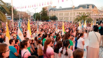 Procesión y misa por la Virgen de Rosario en Paraná: Fotos del festejo patronal