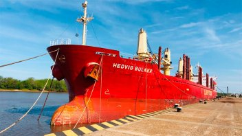 Ingresó otro buque al puerto de Concepción del Uruguay