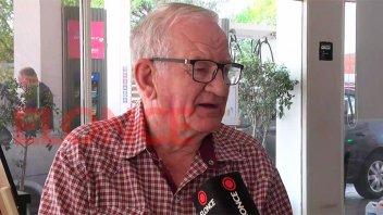 Se jubiló Oscar: Trabajó 45 años en El Rutero y allí conoció a su mujer