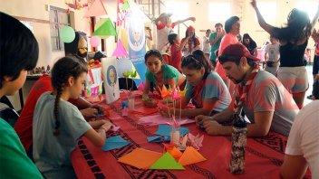 Scouts de todo el país en Valle María: realizan acciones solidarias en Paraná