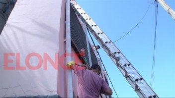Integrantes de una Iglesia pintaron centro de salud en Paraná