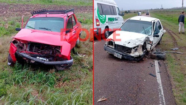 Un Renault 12 y un Ford Fiesta protagonizaron un choque frontal